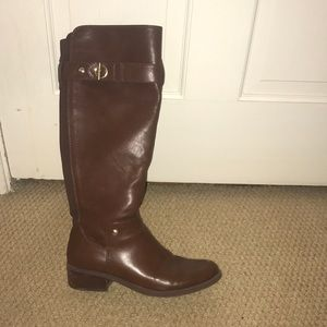 Tommy Hilfiger tall brown boots